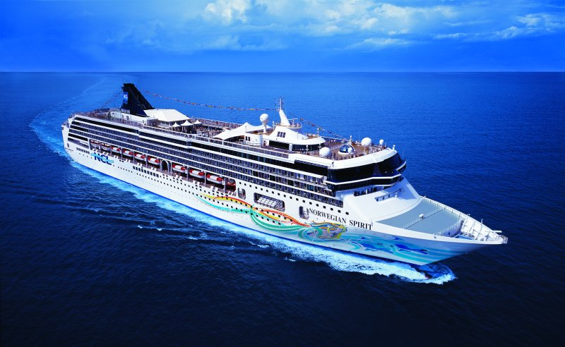 """Norwegian Cruise Line bringt hochkarätige Musical-Stars mit """"Live From Broadway"""" direkt ins heimische Wohnzimmer"""