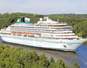 Read more about the article MS Amera: Gäste von Phoenix Reisen danken der Besatzung und sammeln über 40.000€ für die Crew