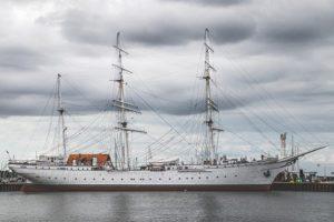ARD setzt ab 20. April für Erfolgsserie auf Segel-Kreuzfahrten