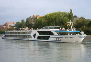 360°-Rundgang der frisch renovierten Viva Tiara: Viva Cruises holt das neue Schiff ins heimische Wohnzimmer