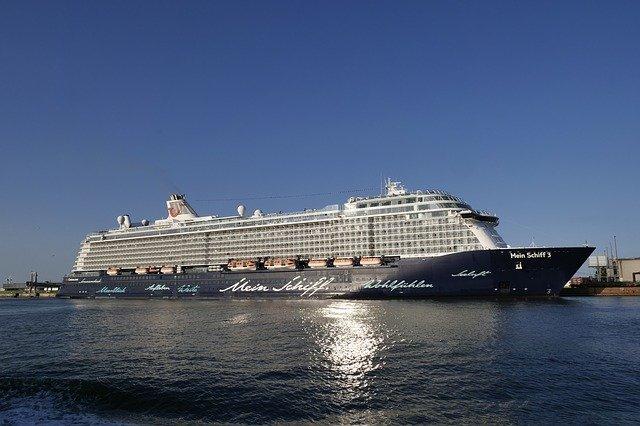 Mein Schiff 3 verlässt Cuxhaven – Alle Beteiligten ziehen positives Fazit der Zusammenarbeit