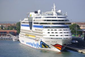 Read more about the article AIDA schult Reisebüromitarbeiter an Bord der Flotte