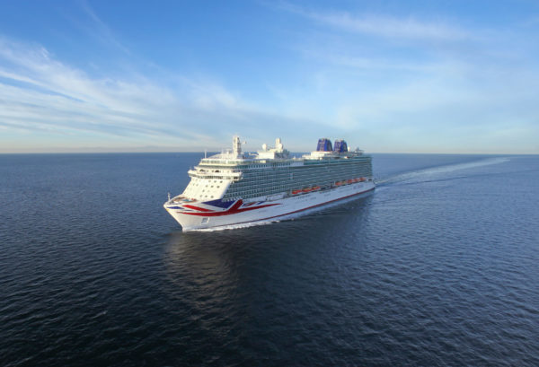 You are currently viewing P&O Cruises nimmt Betrieb wieder auf