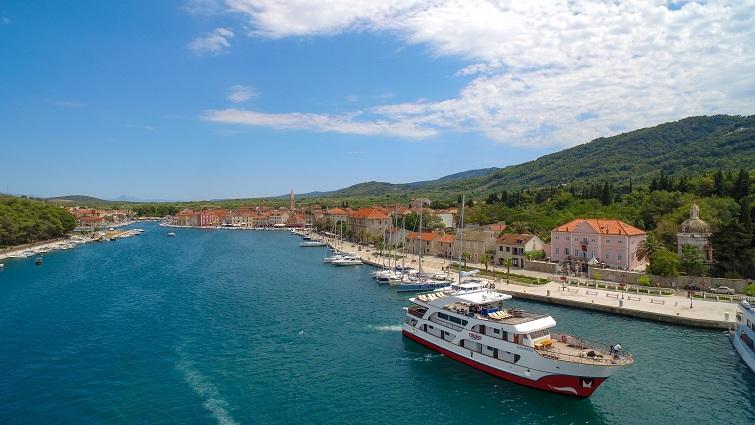 Nicko cruises startet auf der Donau und in Dalmatien in die Saison