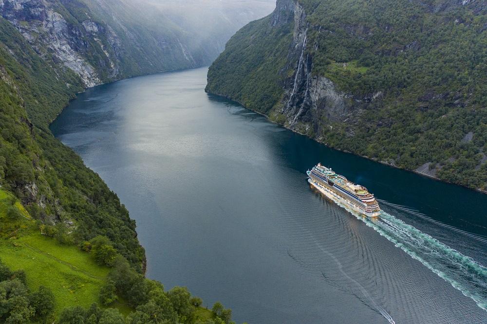 Read more about the article Neue Reisen mit AIDAmar nach Norwegen und in der Ostsee ab Hamburg