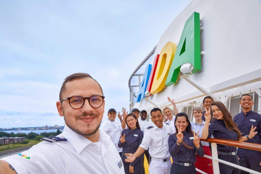 Read more about the article AIDA Cruises startet Joboffensive und bietet 5.000 Karrieremöglichkeiten an Bord und an Land