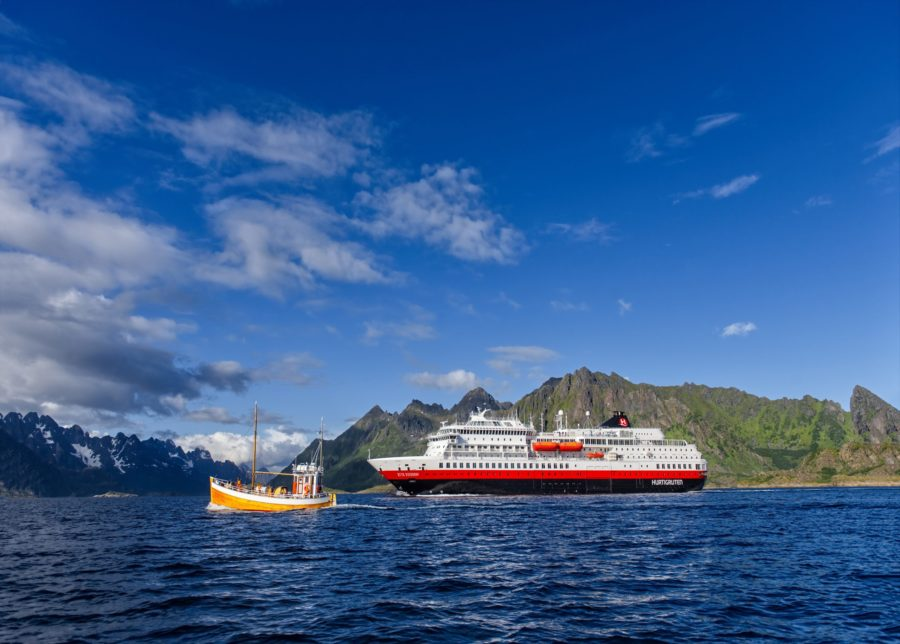 Read more about the article Hurtigruten: MS Otto Sverdrup läutet den Neustart der Hurtigruten Expeditionen ein