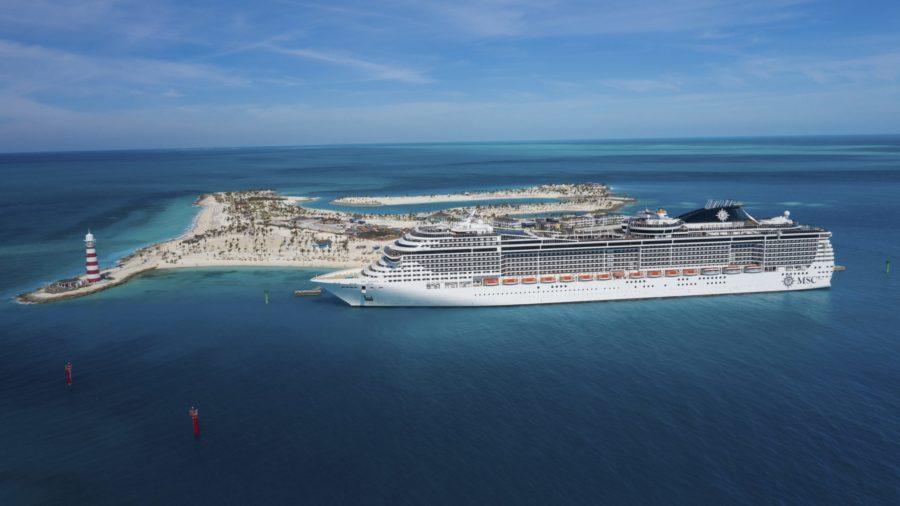 You are currently viewing Die MSC Meraviglia sticht wieder in See und feiert den Restart von MSC Cruises nun auch in den USA