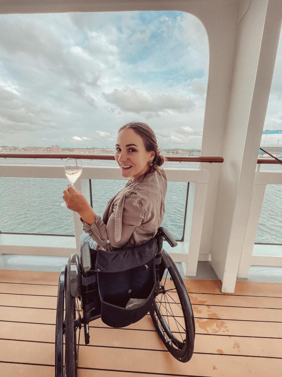Read more about the article Kristina Vogel auf Entspannungstour mit AIDA