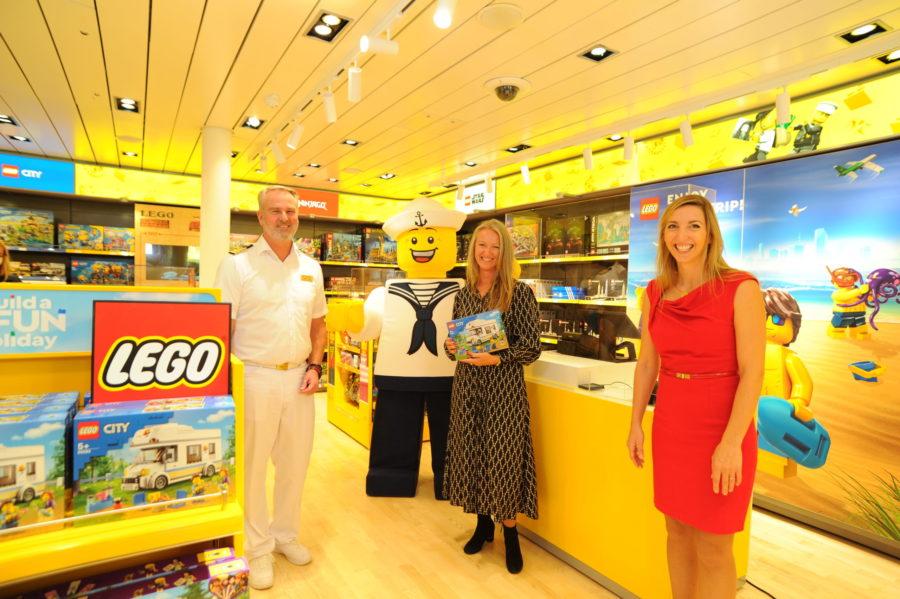 Read more about the article AIDA eröffnet weltweit ersten LEGO Store an Bord eines Kreuzfahrtschiffes