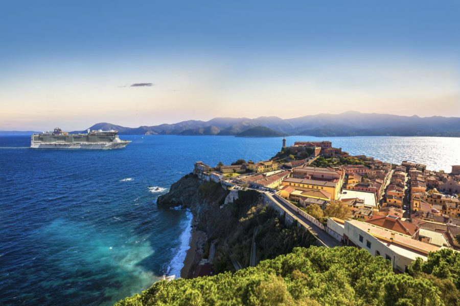 You are currently viewing Norwegian Cruise Line feiert die Wiederaufnahme der Kreuzfahrten der Norwegian Getaway und Norwegian Epic im Mittelmeer